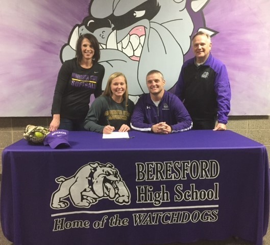 Sydney Nelson with Parents and Coach Ebert
